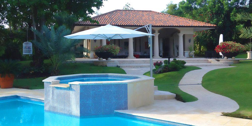 tuuci baymaster cantilever parasol global parasols. Black Bedroom Furniture Sets. Home Design Ideas